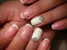 Manicure hybrydovy