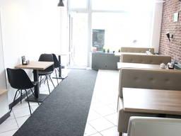 Odstąpię lokal gastronomiczny o powierzchni 50 m2 na Mokotowie przy ulice Puławskiej.