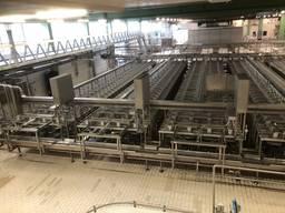 Оснащение всего молочного завода.