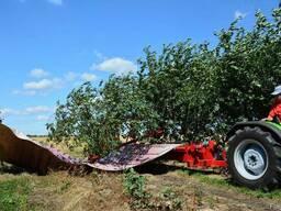 Стряхивающий и очищающий агрегат Для уборки вишни, слив