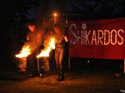 Tańcy z ogniem (Fireshow) i średniowiecznej zabawy.