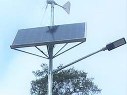 Уличное освещение с зарядом от солнца фотоэлектрической гибр