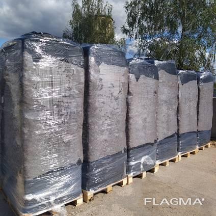 Верховой торф оптом в биг болях (4 m³) 890-900 кг
